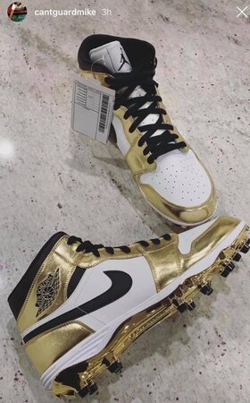 outlet store 157cb b7517 Michael Thomas' cleats for the playoff game (Color Rush ...